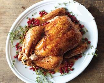 روش تهیه مرغ بریان با سس انار برای شب یلدا